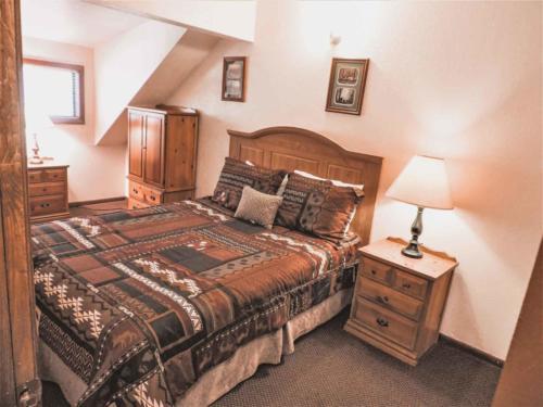 Zion-Lodge-Pinewoods-Resort-Utah-10