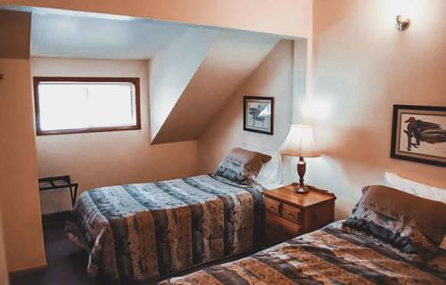 Zion-Lodge-Pinewoods-Resort-Utah-5