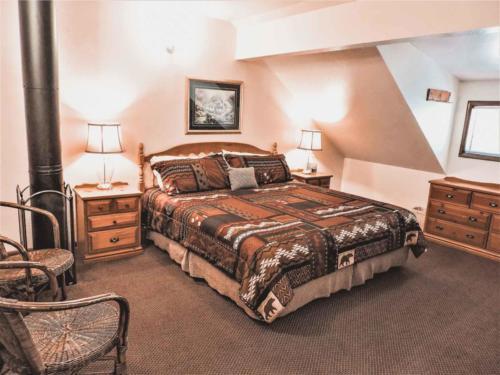 Zion-Lodge-Pinewoods-Resort-Utah-9
