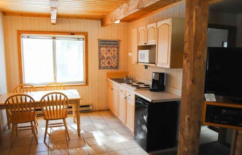 bryce-lodge-pinewoods-resort-utah-1