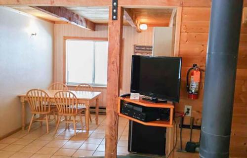 bryce-lodge-pinewoods-resort-utah-12