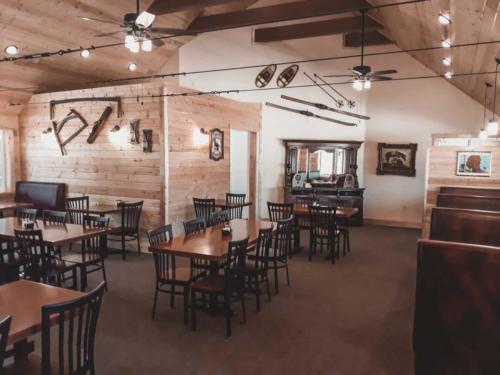 Pinewoods Restaurant